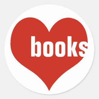 libros del amor/corazones rojos pegatina redonda