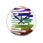 Libros del arco iris reloj de pared