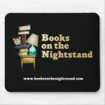 Libros en el Nightstand Mousepad Alfombrilla De Ratones