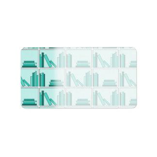 Libros en estante. Diseño en trullo y Aqua. Etiquetas De Dirección
