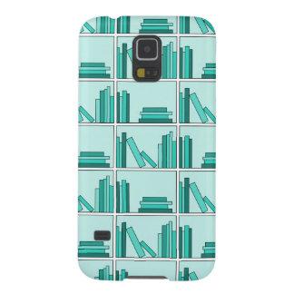 Libros en estante. Diseño en trullo y Aqua. Fundas Para Galaxy S5