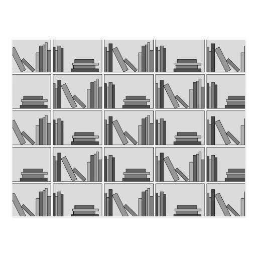 Libros en estante. Monocromático Tarjeta Postal