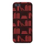 Libros en estante. Rojo oscuro. iPhone 5 Coberturas