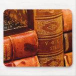 Libros encuadernados de cuero alfombrillas de ratones