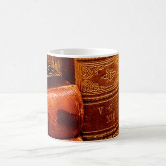 Libros encuadernados de cuero taza clásica