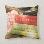 Libros franceses y Peony rosado Cojines