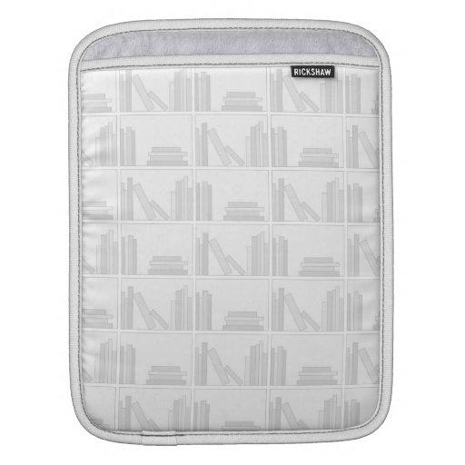 Libros grises pálidos en estante manga de iPad