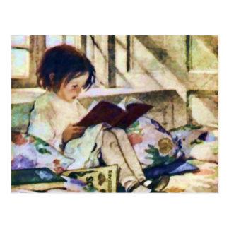 Libros ilustrados en invierno tarjeta postal