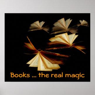 Libros… la magia real póster