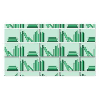 Libros verdes en estante tarjetas de visita