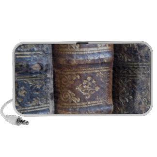 Libros viejos iPod altavoces