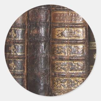 Libros viejos etiqueta redonda