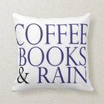 Libros y lluvia del café cojines