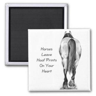 Licencia Hoofprints de los caballos en su corazón Iman De Nevera