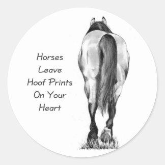 Licencia Hoofprints de los caballos en su corazón: Etiqueta Redonda