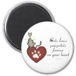 Licencia Pawprints de los gatos en su corazón Imanes