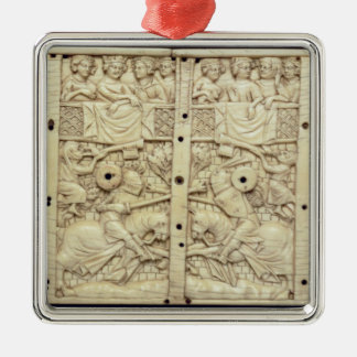 Lid of a casket depicting a tournament christmas tree ornament