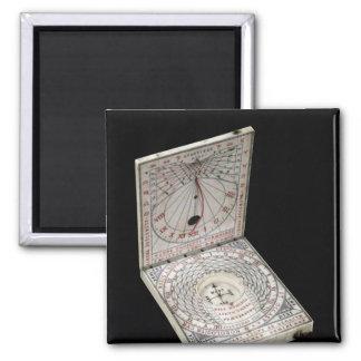 Lidded compass, 1627 magnet
