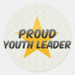 Líder orgulloso de la juventud etiqueta redonda