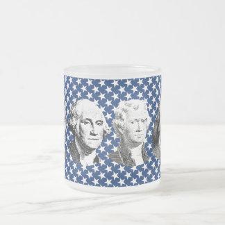 Líderes americanos con el fondo de las estrellas tazas de café