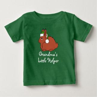 Liebres árticas rojas con el gorra verde de Santa Playera De Bebé