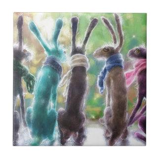 Liebres con las bufandas azulejo cuadrado pequeño