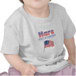 Liebres para la bandera americana patriótica del camiseta