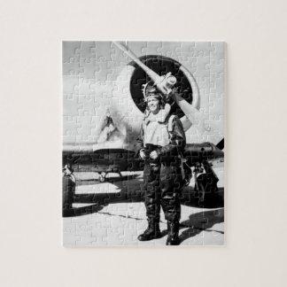 Lieut. (j.g.) Roberto Taylor, imagen de USNR_War Rompecabeza