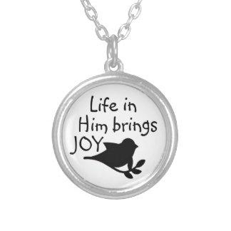 life in Jesus brings joy necklace