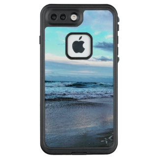 Life Proof Case for Iphone 7 Plus.