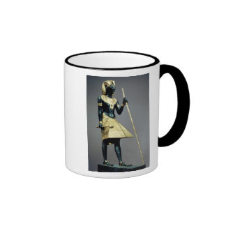 Lifesize statuette of the king ringer mug