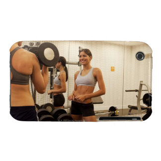Lifting weights in the gym Case-Mate iPhone 3 case