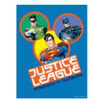 """Liga de justicia """"fuerza en números """" tarjeta postal"""