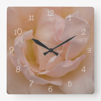 Ligero palidezca - el reloj cuadrado color de rosa