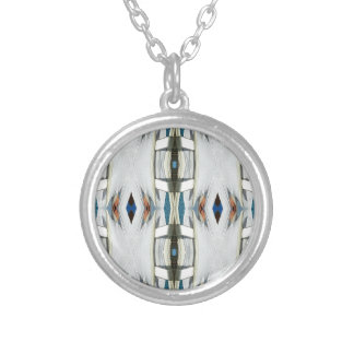 Light Airy Southwest Tribal Pattern Silver Plated Necklace