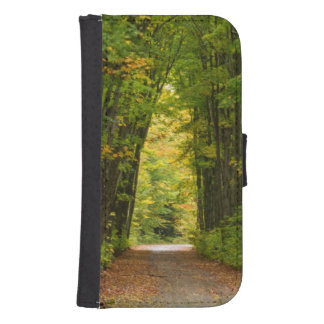 Light At The End Of A Tunnel Of Trees Samsung S4 Wallet Case
