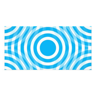 light_blue_and_white_interlocking_concentric_circl card