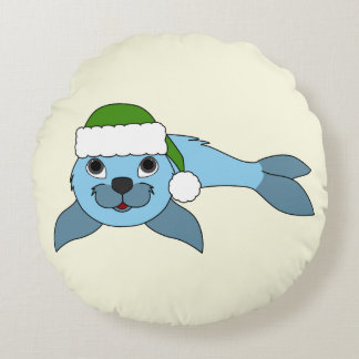 Light Blue Baby Seal with Green Santa Hat Round Pillow