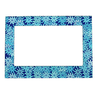 Light blue flowers, navy background magnetic photo frame
