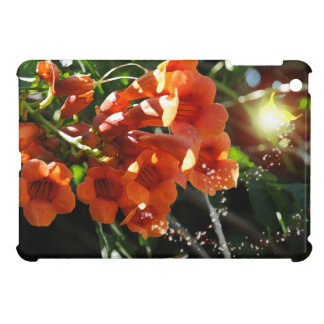 Light Fairy and Flowering Trumpet Vine iPad Mini Cases