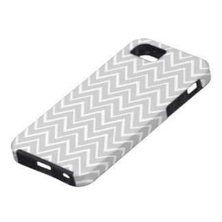 Light gray whimsical zigzag chevron pattern case iPhone 5 covers