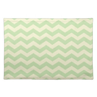 Light Green and Yellow Zig Zag Pattern Cloth Placemat