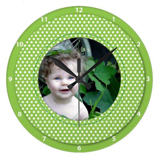Light green Polkadot clock