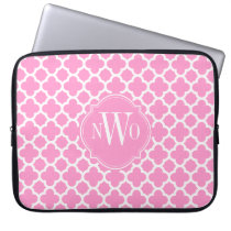 Light Pink and White Quatrefoil Pattern Monogram Laptop Sleeve
