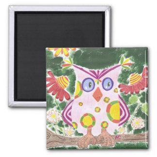 Light pink owl w/green background magnet