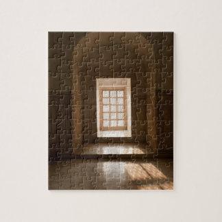 Light streaming thru window, mausoleum, Taj Puzzles