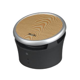Light wood pattern bluetooth speaker