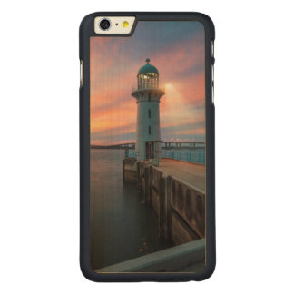 Lighthouse Raffles   Marina, Singapore Carved Maple iPhone 6 Plus Slim Case