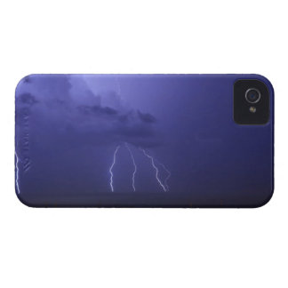 Lightnings in Genova Case-Mate iPhone 4 Cases