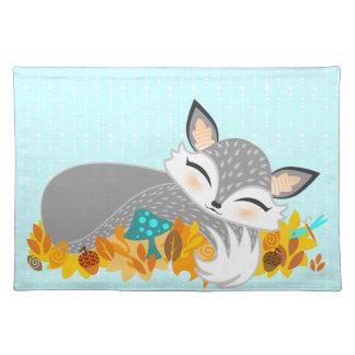 Lil Foxie Cub - Fox soñoliento lindo Placemat Mantel Individual